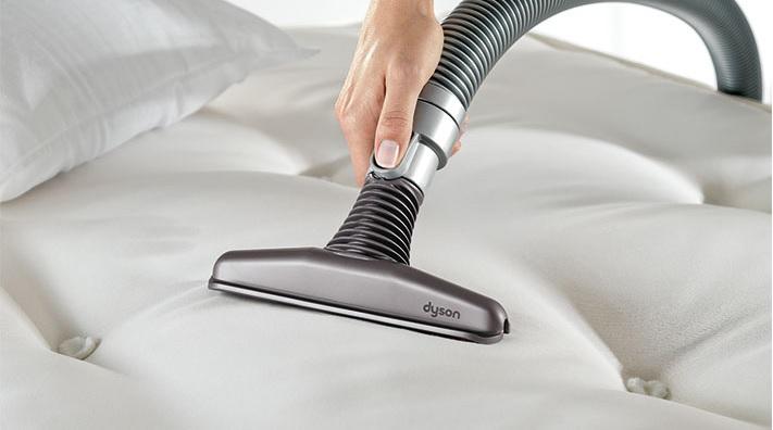 vacuum-mattress-crevice-tool