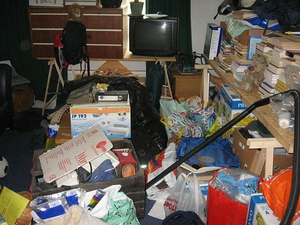 organizing-loft-clutter