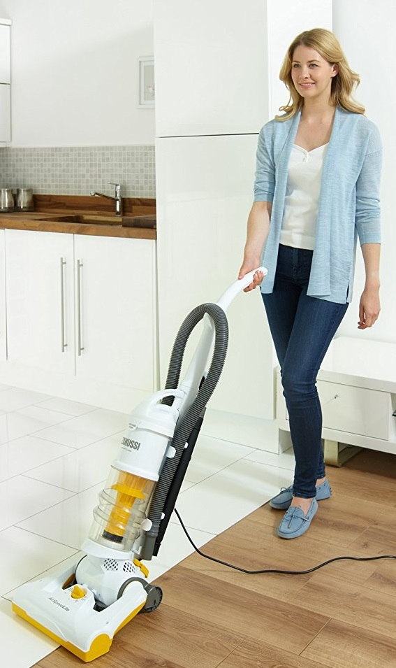 upright-vacuum-cleaner