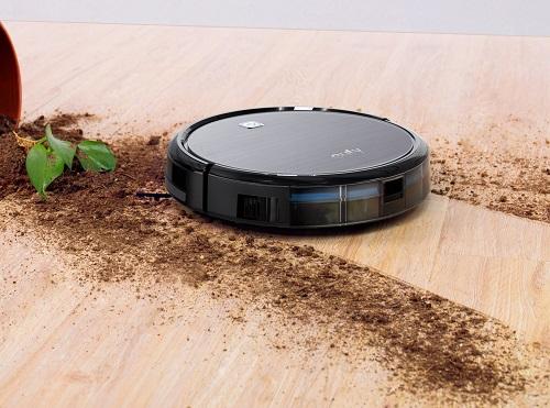 EUFY Robovac 11 Robot Vacuum dirt