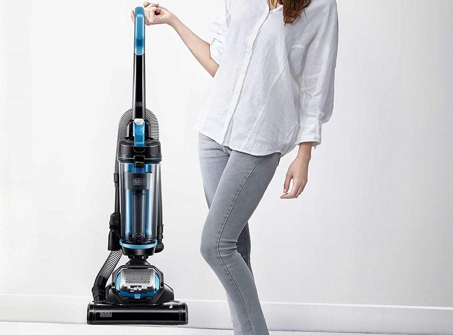 Black-&-Decker-AIRSWIVEL-Ultra-Light-Upright-Vacuum-Cleaner