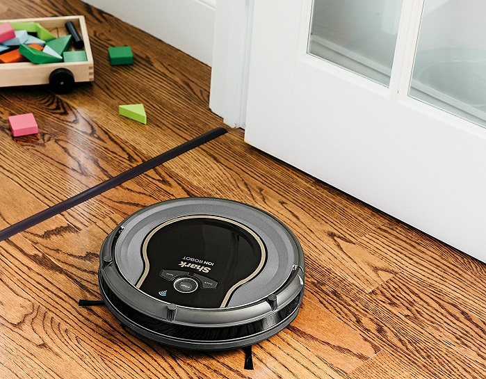 Shark-ION-Robot-750-Vacuum-Cleaner-hard-floors