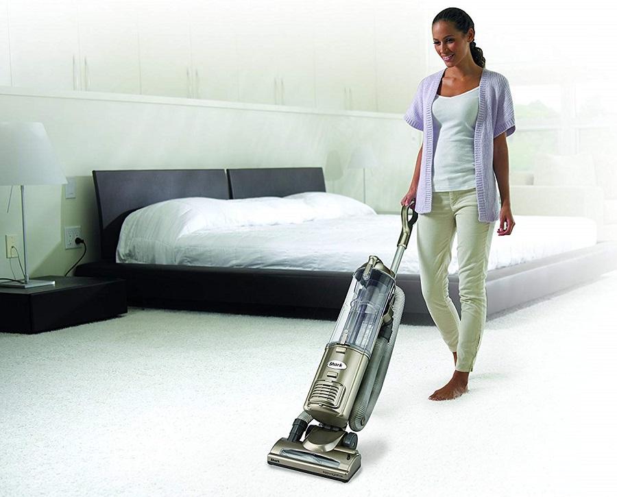 Shark-Navigator-Deluxe-Upright-Corded-Bagless-Vacuum-for-Carpet-and-Hard-Floor-NV42