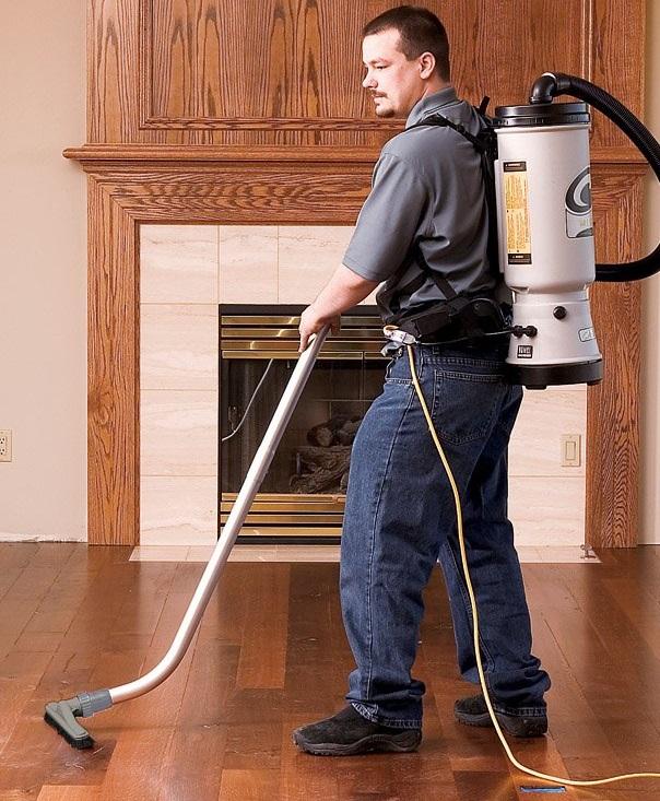 Backpack-vacuum-cleaner-2