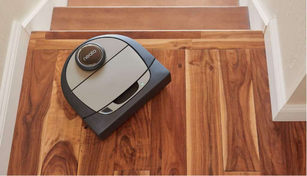 Neato-D7-Connected-Laser-Guided-Robot-Vac