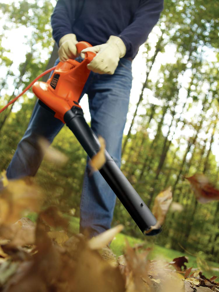 Black-&-Decker-BV6000-Leaf-Blower