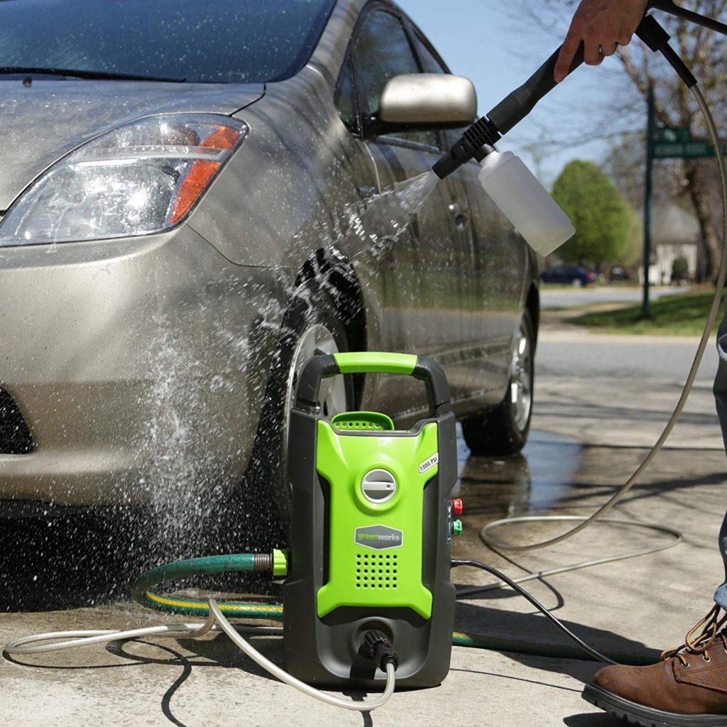 Greenworks-1500-PSI-13-Amp-1.2-GPM-Pressure-Washer-GPW1501-Car