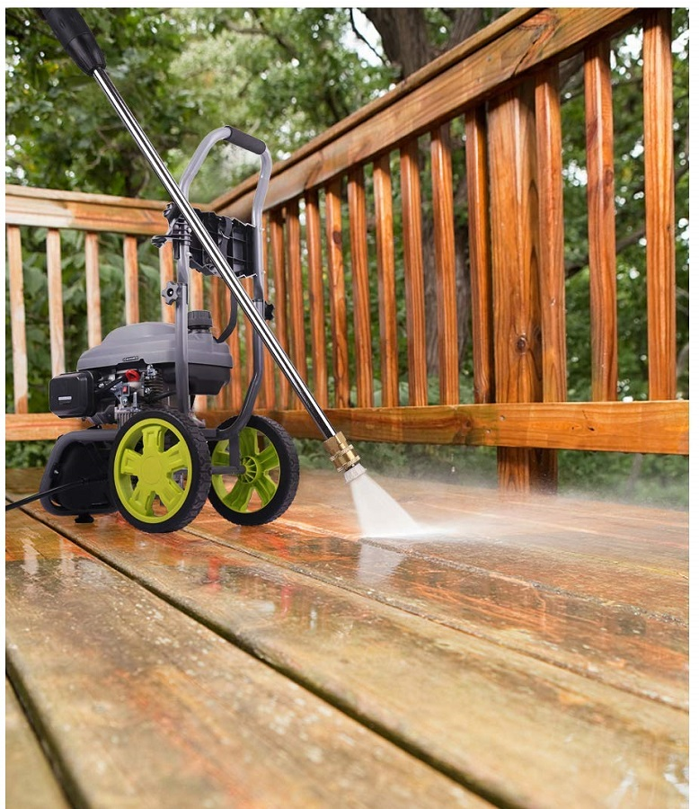 Gas-powered-pressure-washer