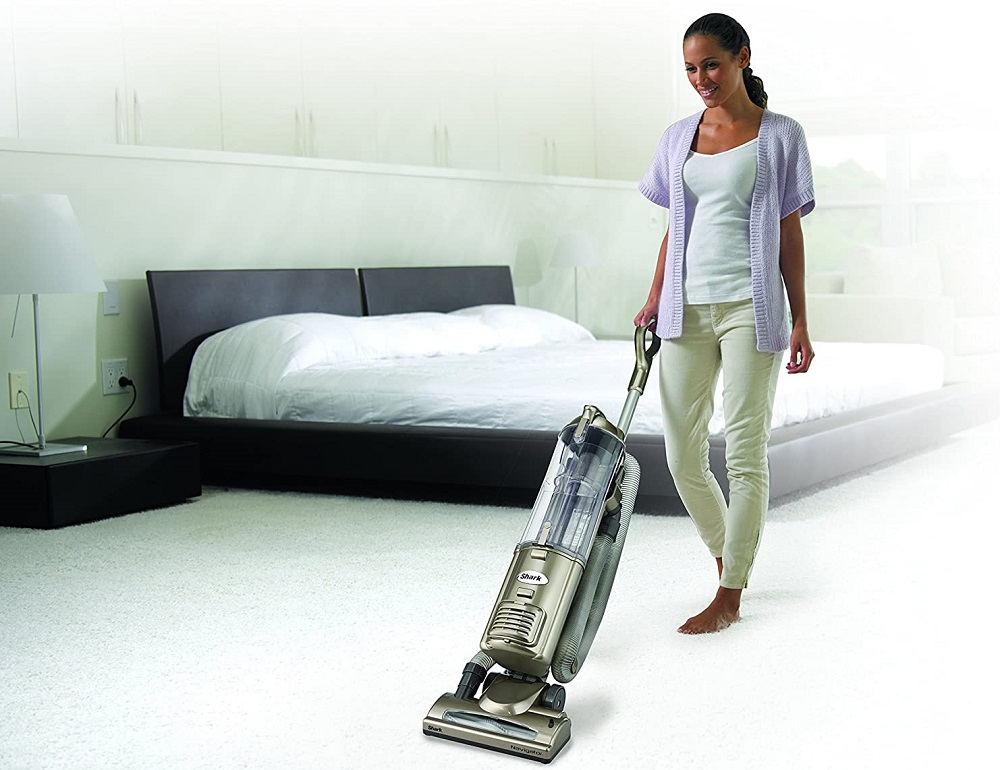 Shark-Navigator-Deluxe-NV42-Vacuum-Cleaner-3