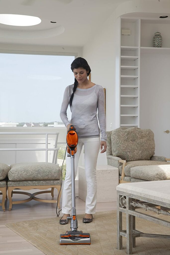 Best-Lightweight-Vacuum-Cleaners-for-Seniors-2020
