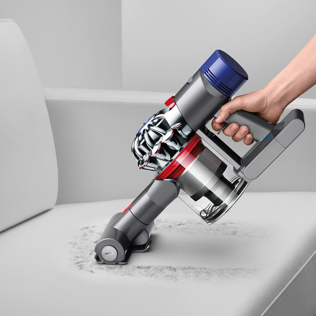 versatile-and-compact-dyson-v8