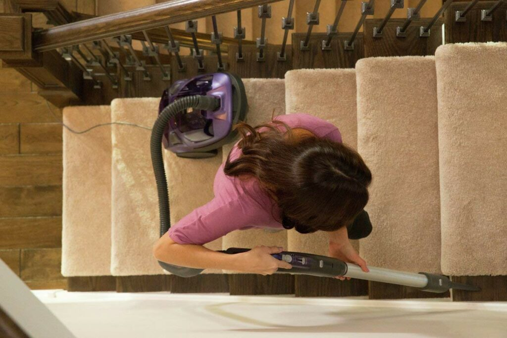 Kenmore-81614-Bagged-Canister-Vacuum-Cleaner-Stairs