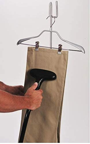 Steam-cleaner-for-clothes